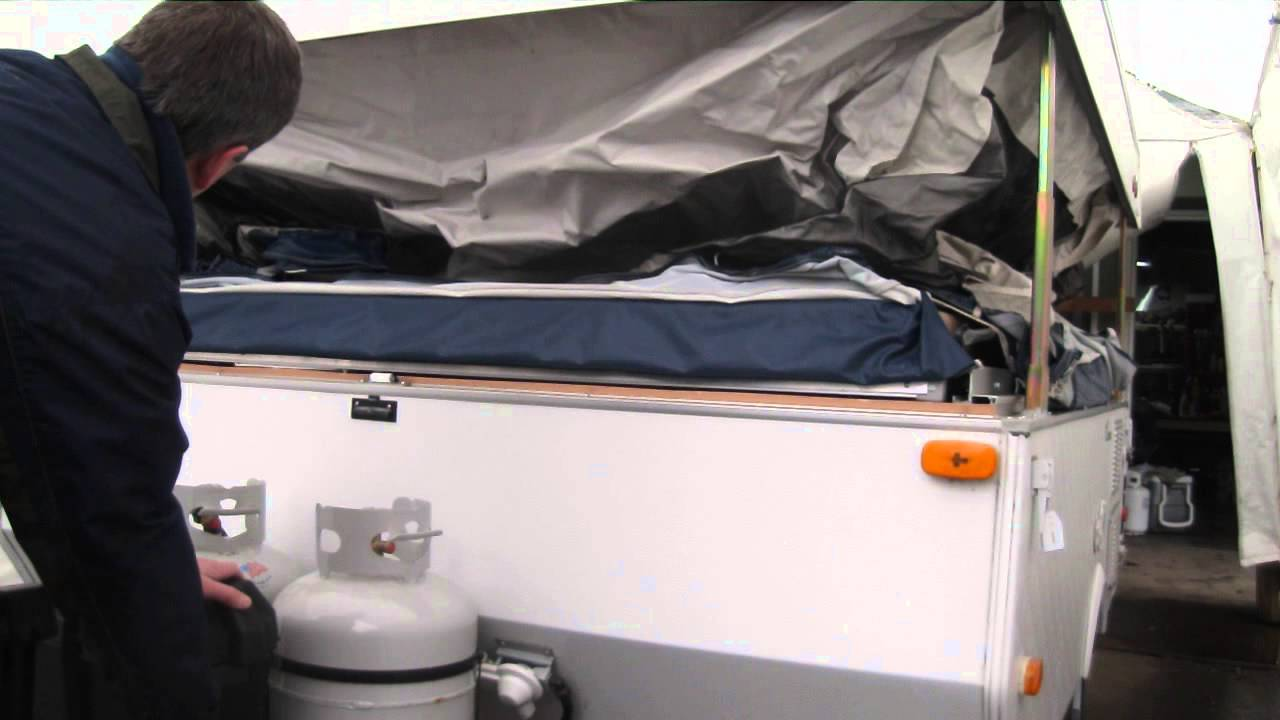 2010 Coachman Clipper electric lift