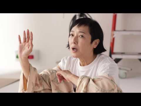 桃井かおり レディー・ガガ CM スチル画像。CM動画を再生できます。