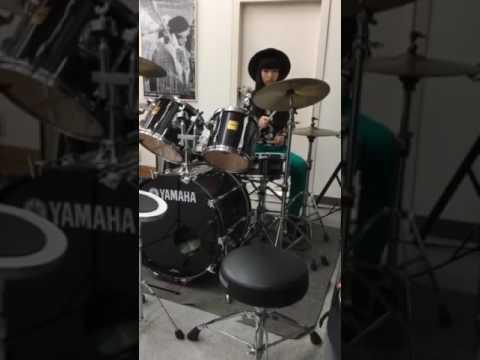 【中学二年14歳  ANRI】ドラム女子②