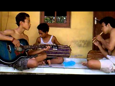 Capung Gantung Colaboration