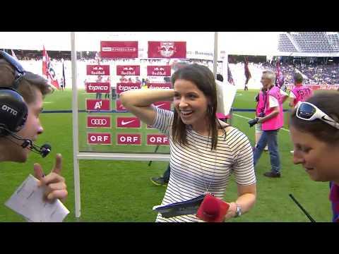 Kristina Inhof Bierdusche Meisterfeier Red Bull Salzburg