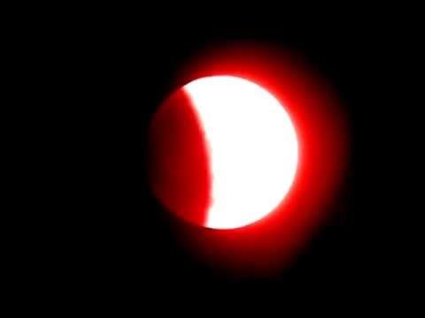 'Blood Moon' Total Lunar Eclipse 15 April, 2014 | CLOSE-UP VIDEO