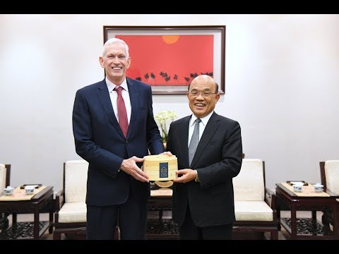 2019年10月16日行政院長蘇貞昌接見美國在台協會莫健主席乙行訪賓