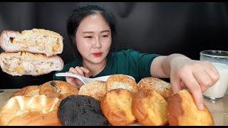 한번도 안 먹어본 사람은 있어도 한번만 먹은 사람은 없는 마약 옥수수빵 맛집 삼송빵집 빵먹방 bread mukbang