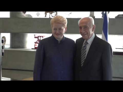 Prezidentė Dalia Grybauskaitė susitiko su buvusiu Izraelio prezidentu Shimon Peresu