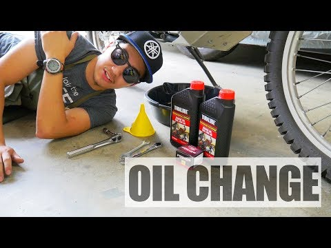 Yamaha XT250 Oil Change and Oil Filter Replacement