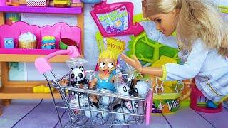 Фото ЗАБЫЛ БРАТА В СУПЕРМАРКЕТЕ! Катя и Макс веселая семейка Смешной сериал живые куклы