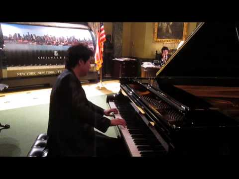 Lang Lang plays Mozart
