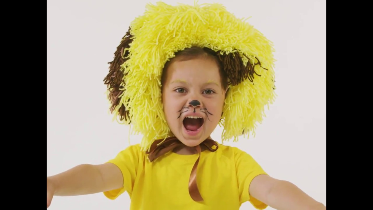 How to make a lion mane easy lion costume snazaroo youtube how to make a lion mane easy lion costume snazaroo solutioingenieria Image collections