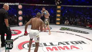 بالفيديو| لاعب فنون قتالية يهزم خصمه في 44 ثانية بـ