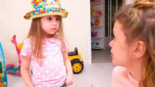 عشية وأمي تلعب كبائع حلو ، وتبادل الحلويات للعب