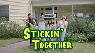 Duck Tape® Family: Stickin' Together