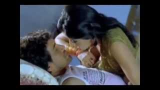 Desi Actress Monalisa try to kissing a boyfriend in hotel tape leaked