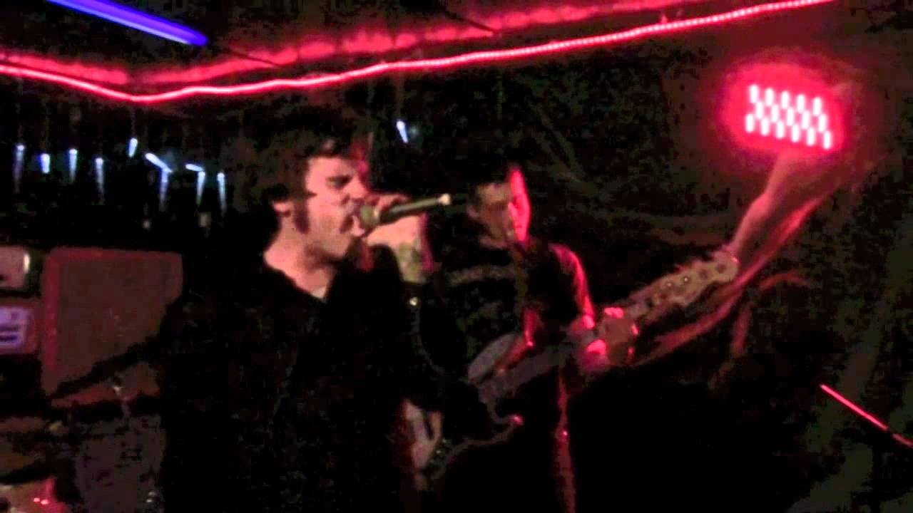 Bully Pulpit @ Tin Roof Charleston, SC 12/8/12.mov