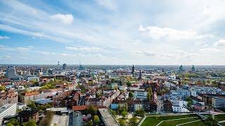 """775 jahre hannover - d-zentral.tv sagt """"herzlichen glückwunsch""""eine produktion von im auftrag der landeshauptstadt hannover."""