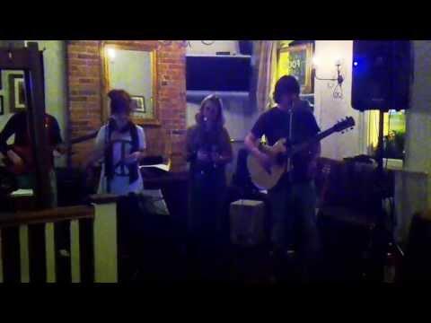 Clouded - Live at The Vine Inn, Tenterden