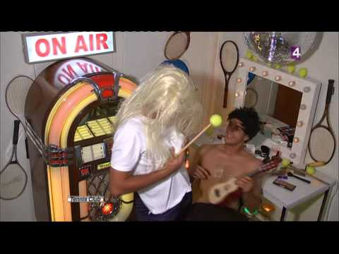 Novak Djokovic's parody of Shakira and Nadal : HILARIOUS !! Roland Garros 2010
