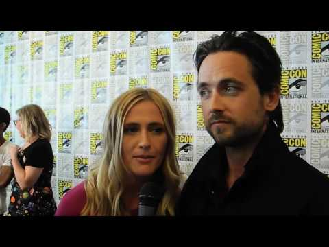 Justin Chatwin and Megan Ketch : 'American Gothic' Star Displays His Many Faces