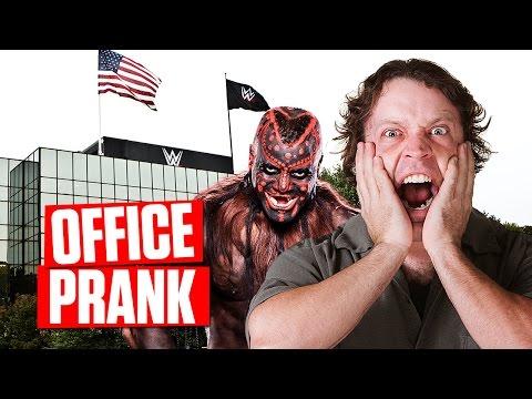 SCARE PRANK: Boogeyman at WWE Headquarters!