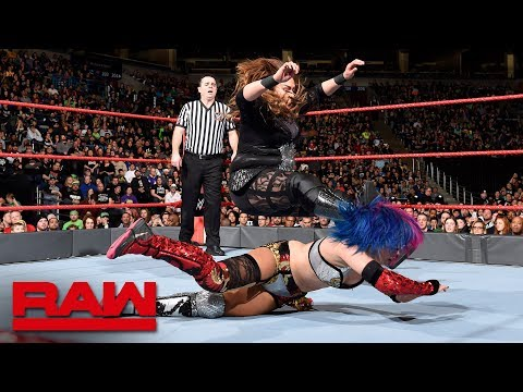 Asuka vs. Nia Jax: Raw, March 5, 2018