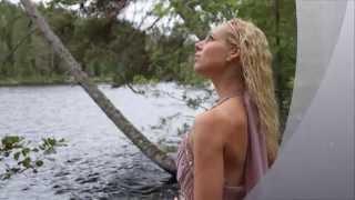 Den fyrste song - Nina Lunderby