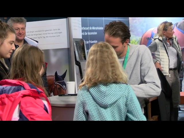 Autogrammstunde Denis Nielsen - BEMER Int. AG