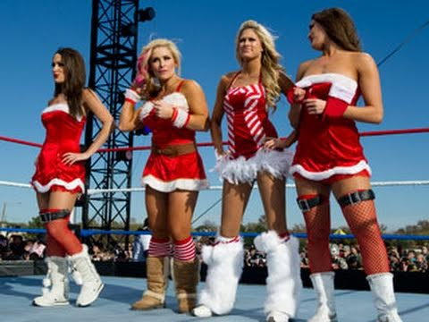 Download Tribute to the Troops: Eight-Diva Santa's Helpers Match