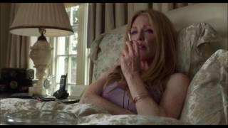 Julianne Moore smoking streaming