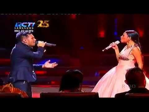 Nowela Feat Judika    Apakah Ini Cinta Grand Final Indonesian Idol 2014