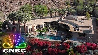Full Opening: The House On The 16th Hole | Listing Impossible | CNBC Prime