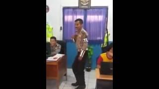 Heboh Video Polisi Joget  Sambalado ayu ting ting