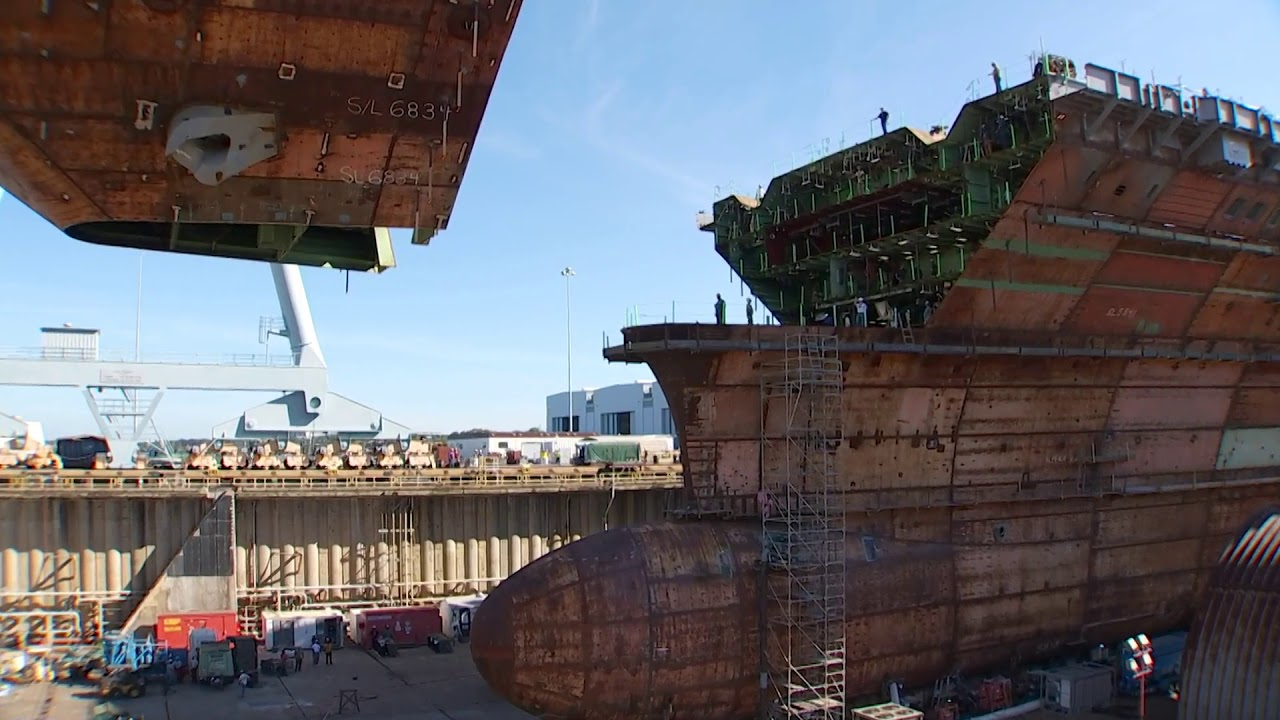 Watch as the last piece of a US aircraft carrier's flight deck is