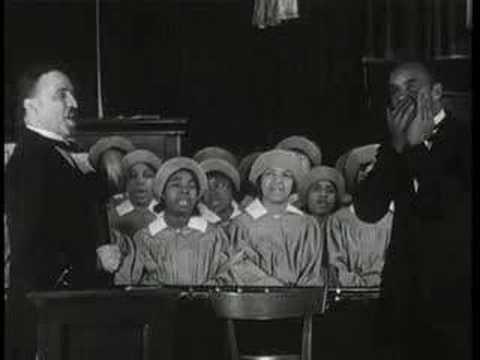 Elder Lightfoot Solomon Michaux & congregation - Happy am I