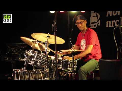 Omar Hakim - drum solo