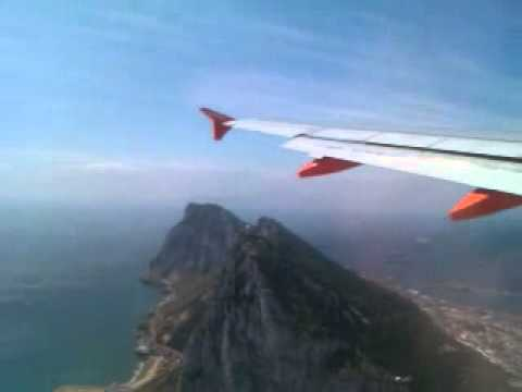 Scary plane landings - Gibraltar aborted landing