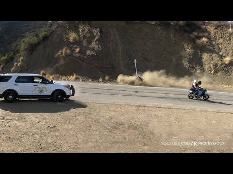 ZX10 Crash in Front of a Cop