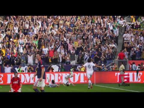Robbie Keane Celebration with G-Form