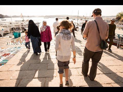 Shocking Teacher Teaches Us!  ☼  Family Travel in Egypt