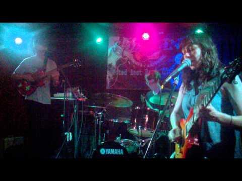 Braids live at South by StateSide, The Sail Inn, Tempe, AZ 3/21/11
