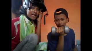 Lipsing Lazy Song - Bruno Mars ( By. Anak PKL dari SMK N2 Kisaran )