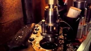 usinage puit de cylindres moteur cox