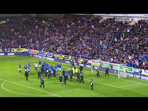 Walter Smith Lap Of Honour After Last Match At Ibrox - 10th May 2011