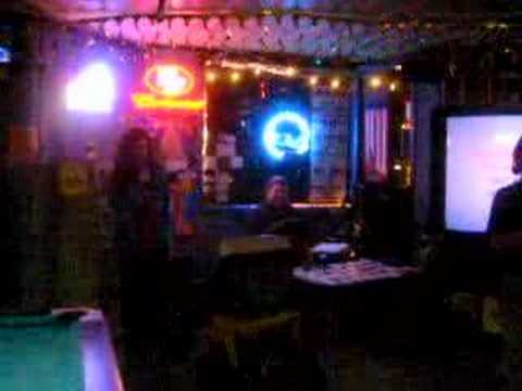 KDE karaoke 4.0 Njaard sings Hotel California