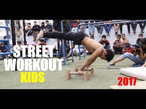 Street Workout & Calisthenics KIDS display - Perú