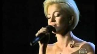 Kellie Pickler tearfully sings I Wonder CMA 11 07 07 YouTube Videos