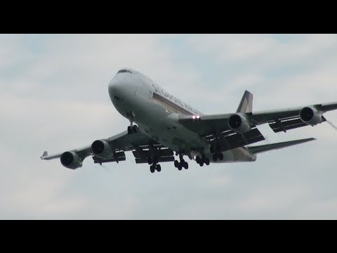 Planes spotting at Changi Airport on September 2016