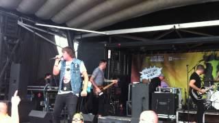 "Silverstein- ""Sacrifice"" Live at Darien Lake Warped Tour 2013"