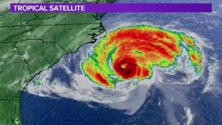 Hurricane Florence continues path toward Carolinas