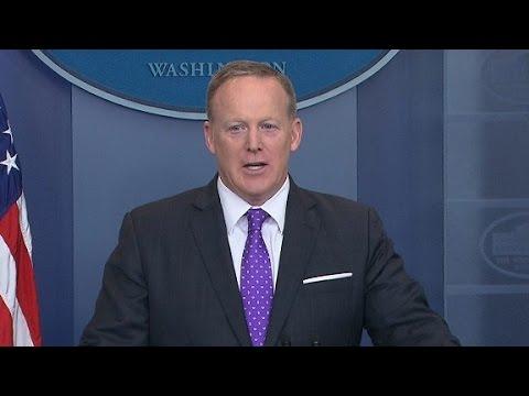 Spicer: White House cover up on Flynn not true