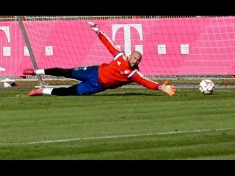 "Pepe Reina - ""Get up and Dive"" Goalkeeper Training - Torwart Training | FC Bayern Munich"